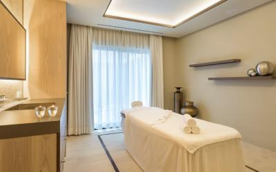Relax at the spa in Pine Cliffs Hotel after your tennis