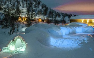 Northern lights holidays from ireland 2018 2019 for Kirkenes snow hotel gamme cabins