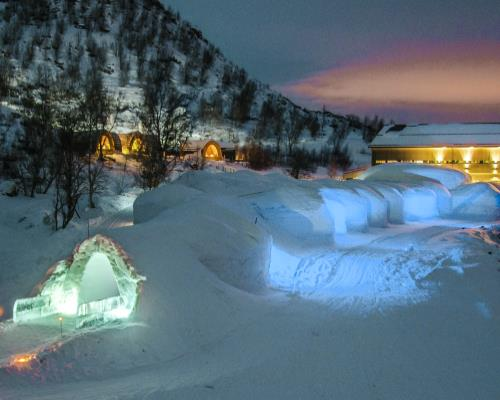 Kirkenes Snow Hotel And Gamme Cabins Project Travel
